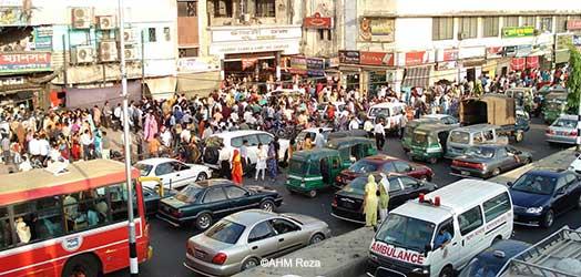 Dhaka-Newmarket2_Reza_h250px